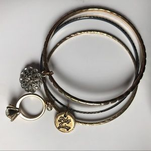 Juicy Couture bangle set